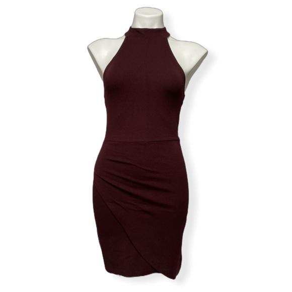 Forever 21 Dresses & Skirts - Forever 21 Asymmetrical Bodycon Mini Choker Dress